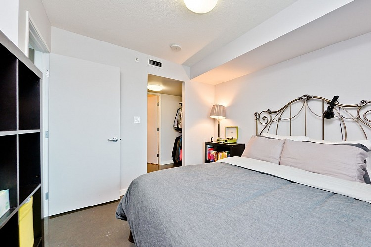 Spacious Bedroom in Beltline Condo
