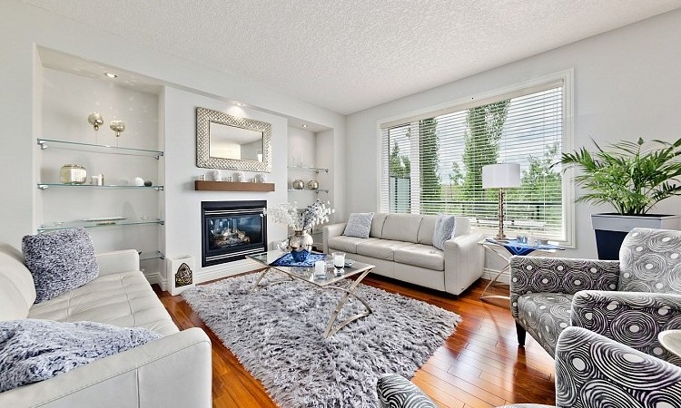 Executive home for rent in Calgary