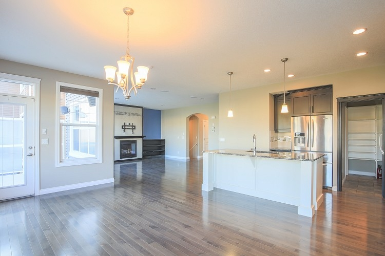 Spacious Kitchen in Airdrie home for rent