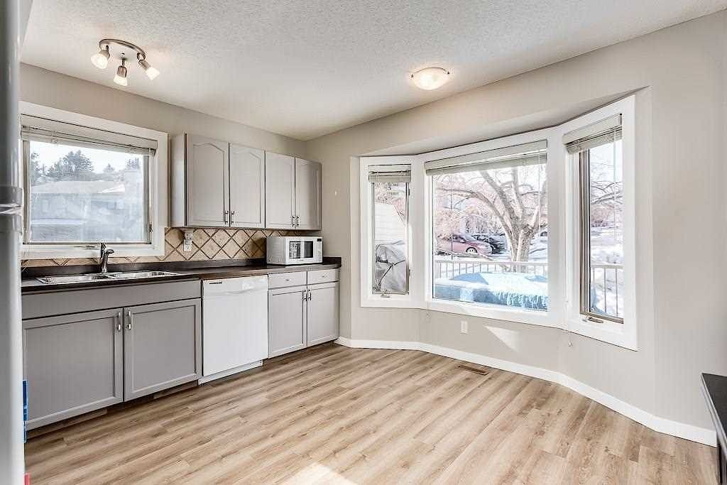 Open Kitchen in Calgary