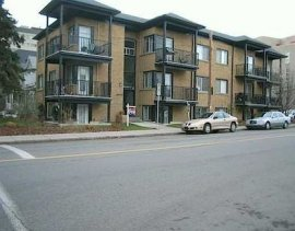 CONDO IN THE TRENDY COMMUNITY OF MISSION, WALK TO WORK AND ALL AMENITIES!
