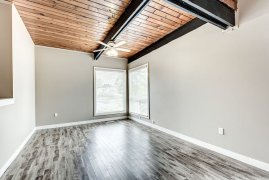 OPEN BRIGHT,  2 BEDROOM DUPLEX- STEPS TO ANDERSON C-TRAIN