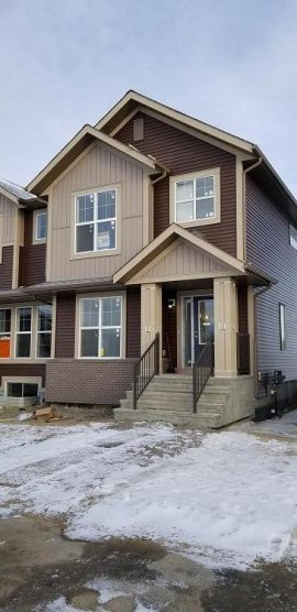 New 1750 sqft Large Duplex in Carrington NW Calgary for Rent