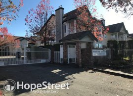 3 Bedroom Gorgeous Townhome for Rent in Surrey