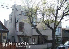 Modern Lofted Townhouse, 2 bed+den, 2 Bath in Bridgeland