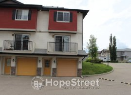 3 Bedroom Townhouse For Rent in Tamarack