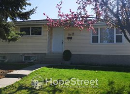 3+2 Bedroom House for Rent in Huntington