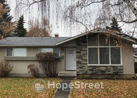 3 Bed RENOVATED House in Beautiful ACADIA w/ SINGLE OVERSIZED GARAGE