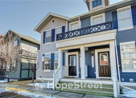 3 Bedroom Renovated Townhouse for Rent in Airdrie!