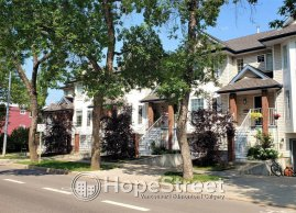 3+1 BR Townhouse for Rent in Oliver w/ DOUBLE GARAGE.