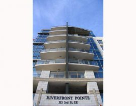 Executive Two Bed Two Bath With River Views!